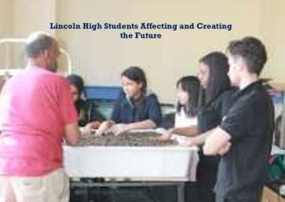 Bert teaches Lincoln students about Aquaponics